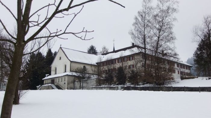 Haus der Gastfreundschaft  im ehemaligen Kapuzinerkloster Schüpfheim - The House of Hospitality in the former Capuchin friary in Schüpfheim, Switzerland.