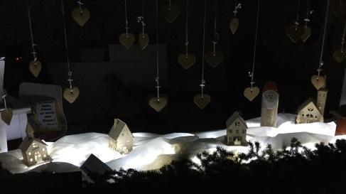 8. Dezember: Petra Bürgler em Troghus